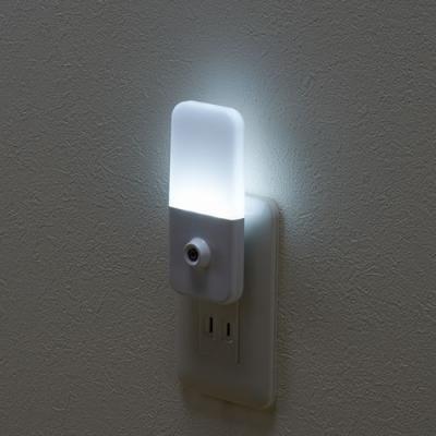 YAZAWA(ヤザワ) 明暗LEDセンサーライト ホワイト  NASN23WH 画像3