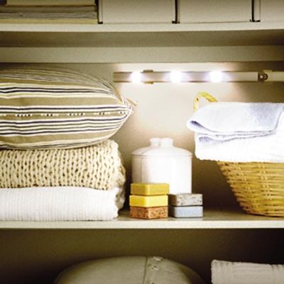 YAZAWA(ヤザワ) 人感・明暗センサー付きLEDバーライト 高輝度白色LED×3灯  NL50WH 画像2