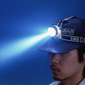 旭電機化成 3LEDヘッドランプ 防滴型 電池式 白色LED×3灯 サイズ64×59×49mm 装着用ベルト付  ACA-4302 画像2